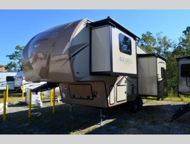 New 2018 Forest River Rockwood Ultra Lite 8244BS Fifth Wheel RV For Sale(1)
