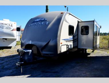 Used 2013 Cross Roads Sunset Trail Reserve 29SS Travel Trailer RV For Sale (1)