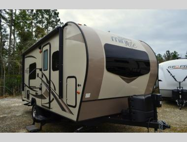Used 2019 Forest River Rockwood Mini Lite 1950G Travel Trailer RV For Sale (1)