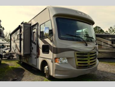 Used 2014 Thor Ace 27.1 Class A Motor Home RV For Sale (1)