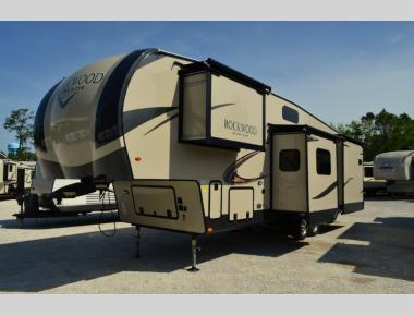 New 2019 Forest River Rockwood Ultra Lite 2896 Fifth Wheel RV For Sale (1)