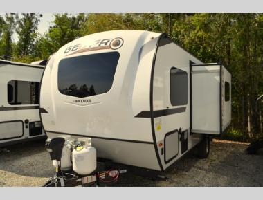New 2019 Forest River Rockwood Geo Pro G19FBS Travel Trailer RV For Sale (1)