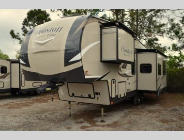 New 2020 Forest River Flagstaaff Super Lite 528RKS Fifth Wheel RV For Sale (1)
