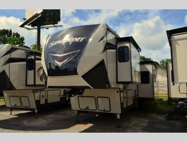 New 2020 Forest River Sandpiper 383BLOK Fifth Wheel RV For Sale (1)