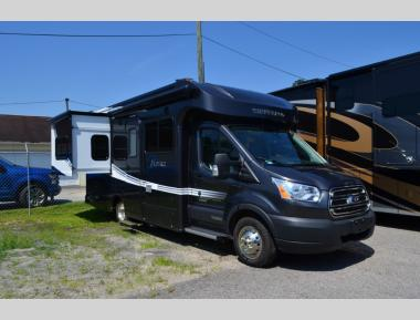 New 2018 Winnebago Fuse 423T Class C Motor Home RV For Sale (1)