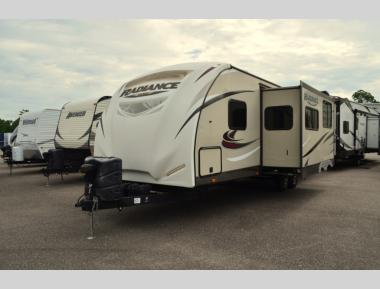 Used 2016 Cruiser RV Radiance Touring Edition R28BHSS Travel Trailer RV For Sale (1)