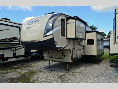 New 2019 Forest River Flagstaff Classic 8528BHOK Fifth Wheel RV For Sale (1)