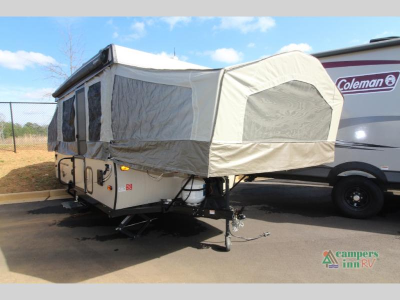 Used 2018 Forest River RV Flagstaff Classic 228D Travel