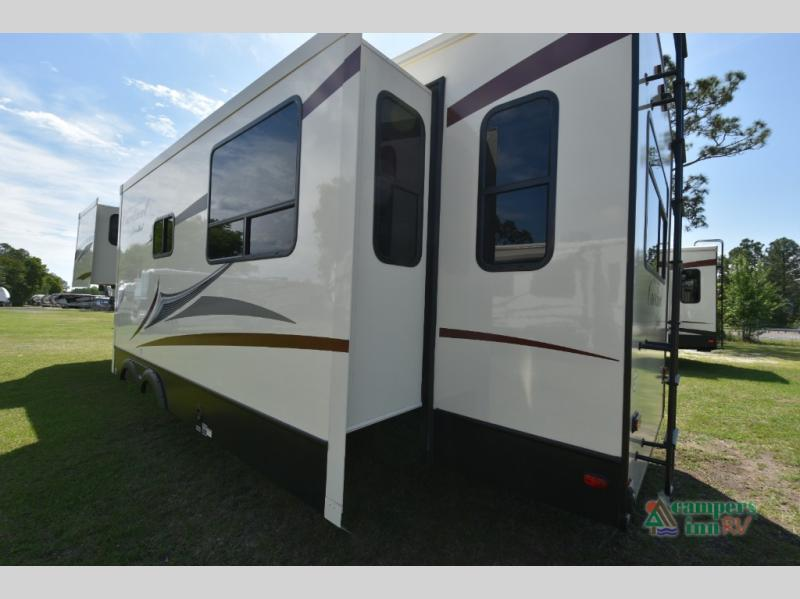 New 2019 Forest River Rv Cardinal Limited 3200rlle Fifth