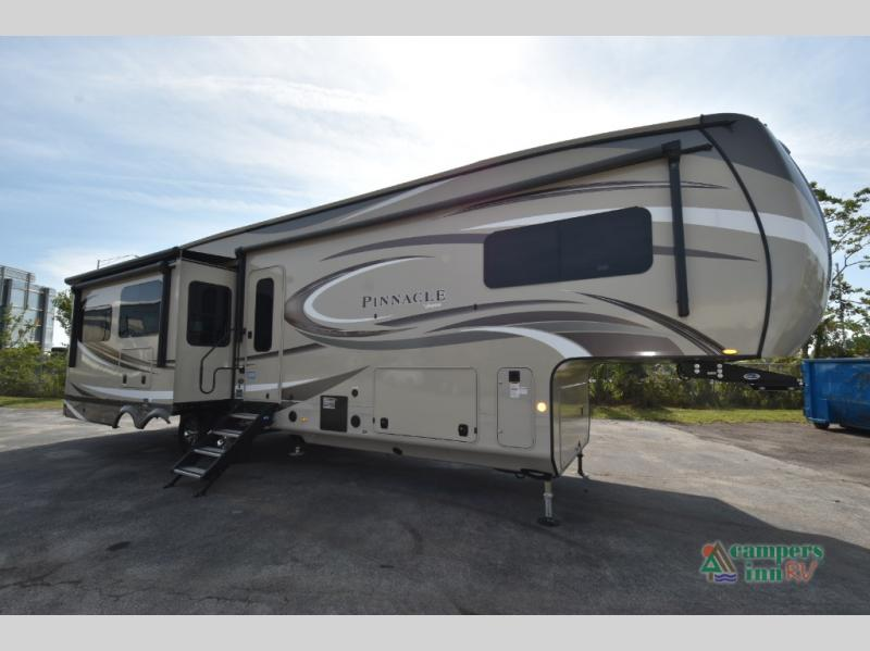 2020 Jayco pinnacle