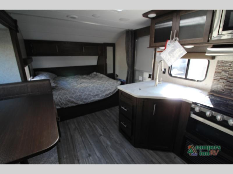 New 2018 Forest River Rv Cherokee Grey Wolf 27rr Toy