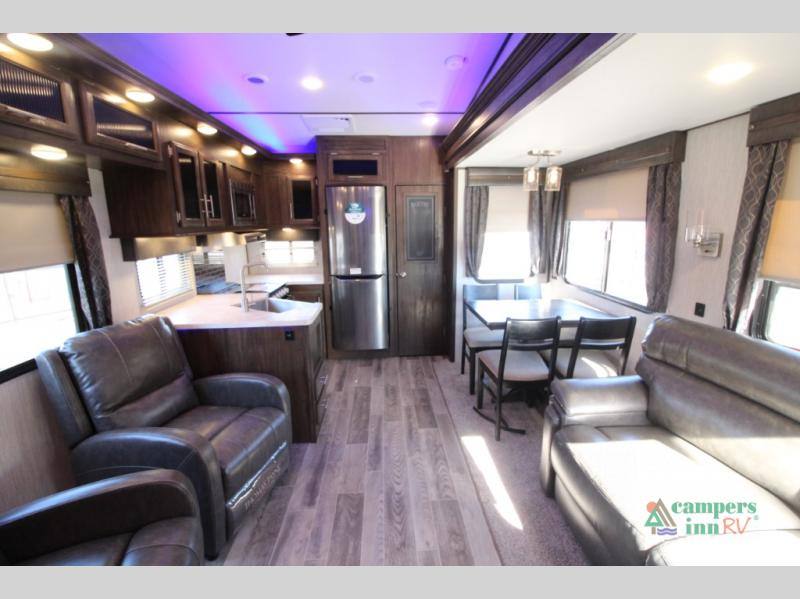 New 2019 Forest River Rv Cherokee Arctic Wolf 245rk4 Fifth