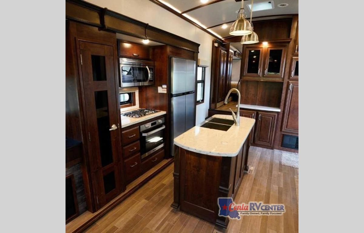 New 2019 Jayco Pinnacle 36SSWS Fifth Wheel at Cenla RV