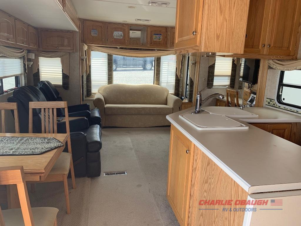 Used 2004 Carriage Carri Lite 36xtrm5 Fifth Wheel At