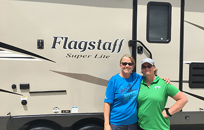 This couple just purchased a new Flagstaff Super Lite