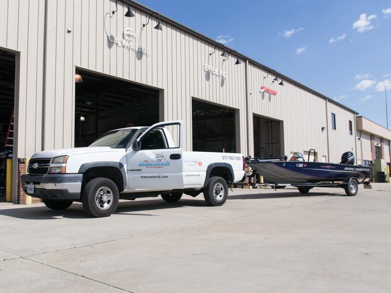 Service bay for boat repairs
