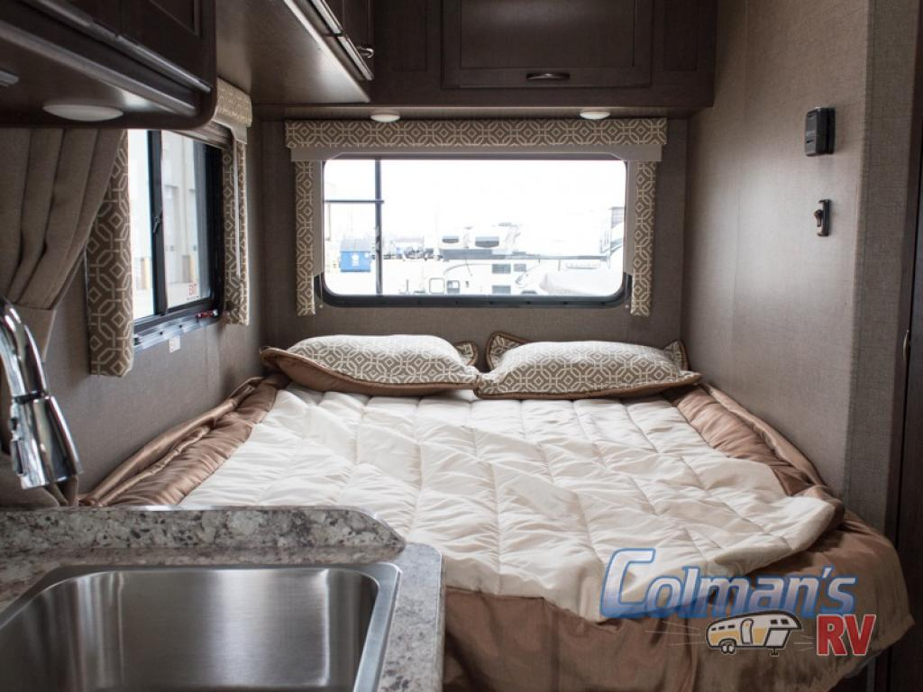 Used 2019 Thor Freedom Elite 23h Motor Home Class C At