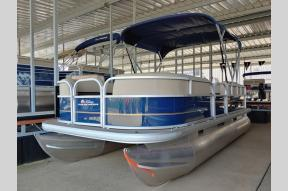 New 2021 Sun Tracker Party Barge 18 DLX DLX Photo