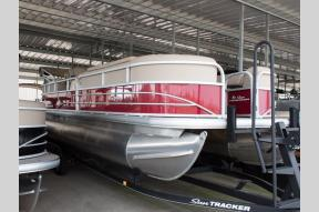 New 2019 Sun Tracker Party Barge 24 DLX  Photo