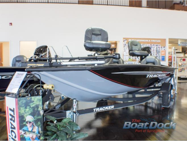 New 2019 Tracker Pro Team 175 TXW Bass Boat at Colman's RV