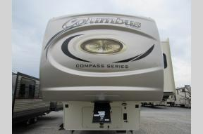 New 2018 Palomino Columbus Compass 298RLC Photo