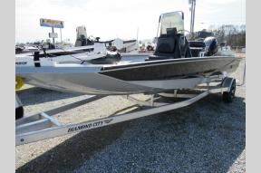 New 2018 Excel Boats Bay Pro 203 Photo