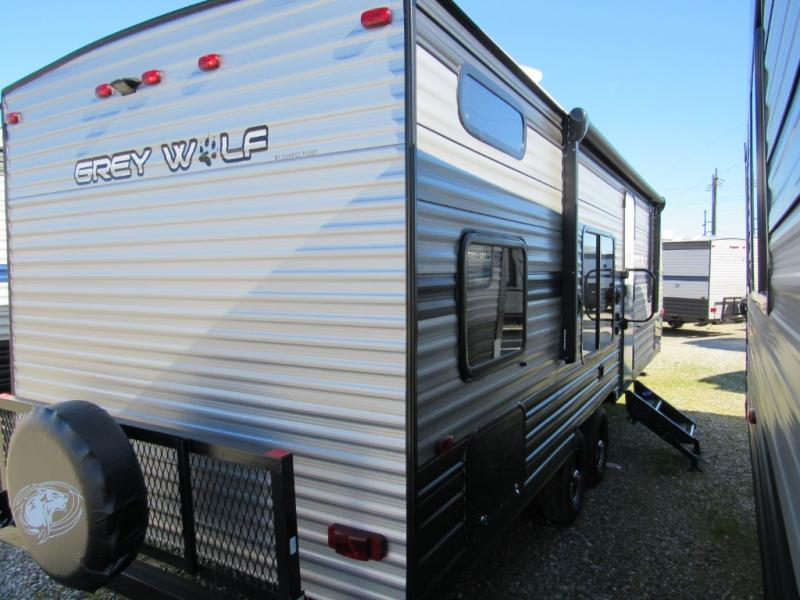 New  2019 29' Forest River RV Cherokee Grey Wolf 26DJSE Travel Trailer in Hattiesburg, Mississippi