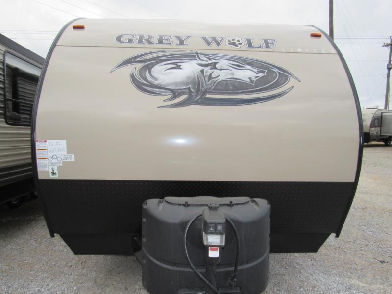 New  2018 31' Forest River RV Cherokee Grey Wolf 26RL Travel Trailer in Hattiesburg, Mississippi