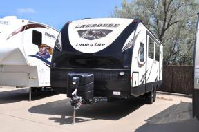 Used 2017 Prime Time RV LaCrosse 2911RB Photo