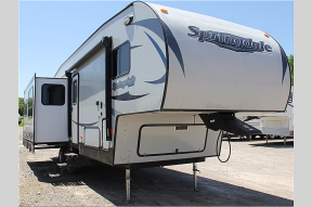 Used 2015 Keystone RV Springdale 253FWRE Photo