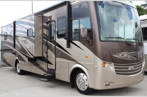 Used 2012 Newmar Canyon Star 3642 Photo