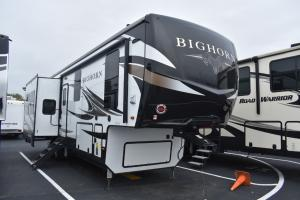 Used 2020 Heartland Bighorn 3370EL Photo