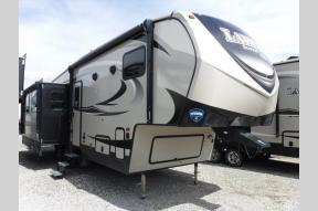 New 2018 Keystone RV Laredo Super Lite 290SRL Photo