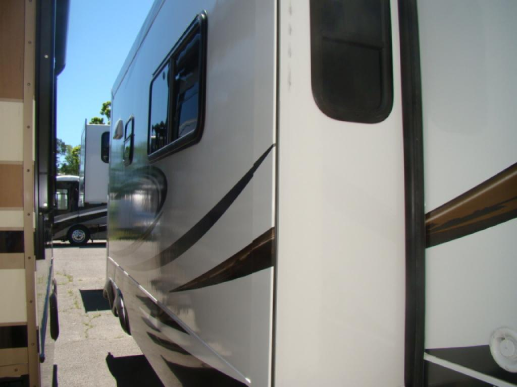 New 2014 Forest River Rv Wildcat 327 Ck Fifth Wheel At