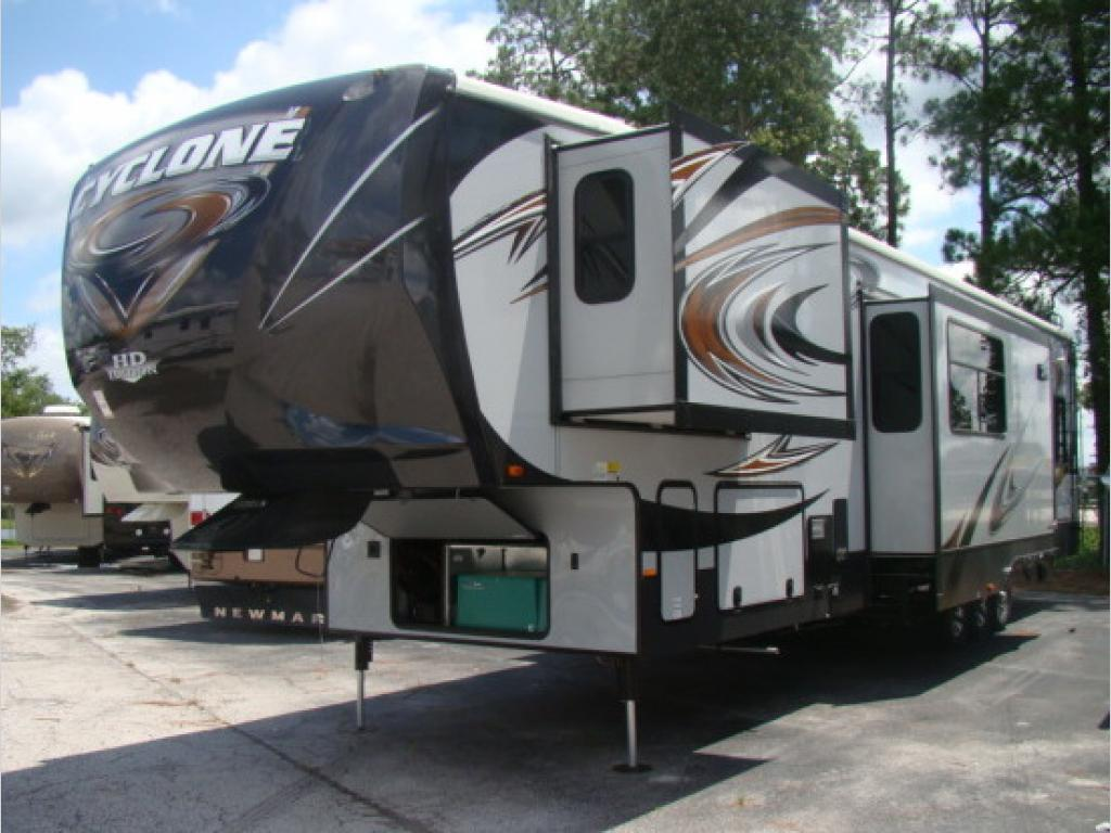 New 2014 Heartland Cyclone 4000 Toy Hauler Fifth Wheel At Dick Gore S Rv World Jacksonville