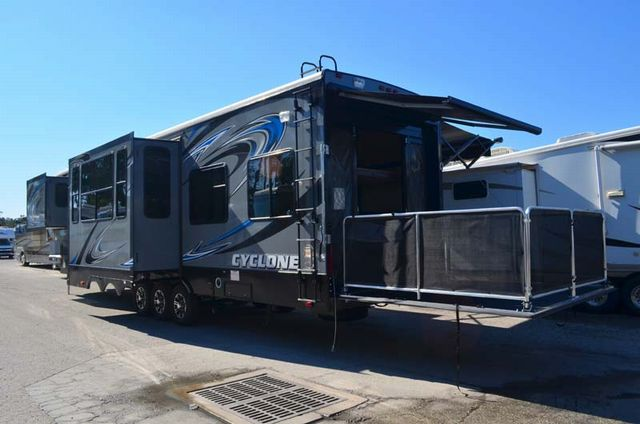 New 2014 Heartland Cyclone 4100 King Toy Hauler Fifth Wheel At Dick Gore S Rv World