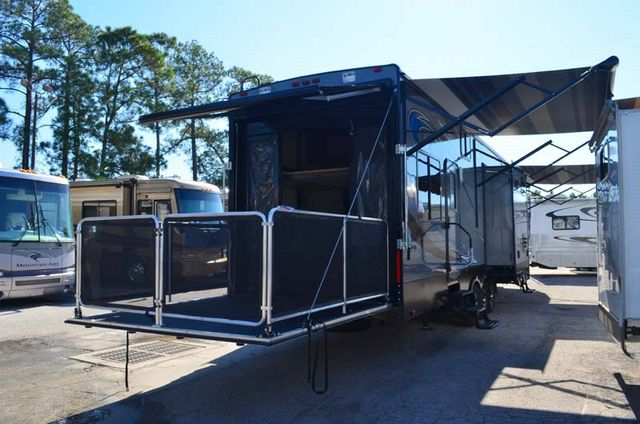new 2014 heartland cyclone 4100 king toy hauler fifth. Black Bedroom Furniture Sets. Home Design Ideas
