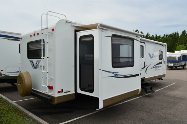 Used 2012 Forest River Rv Flagstaff V