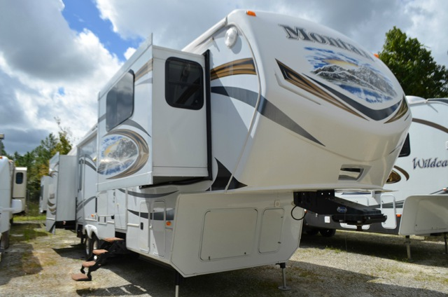 Used 2013 Keystone Rv Montana Big Sky 3750 Fl Fifth Wheel