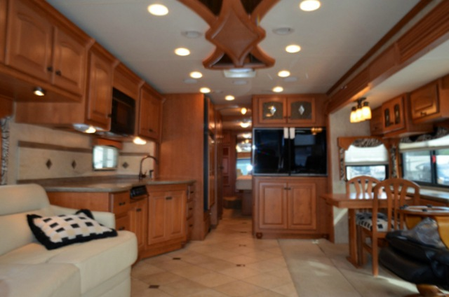 used 2008 damon essence 40b motor home class a diesel at dick gore 39 s rv world jacksonville. Black Bedroom Furniture Sets. Home Design Ideas