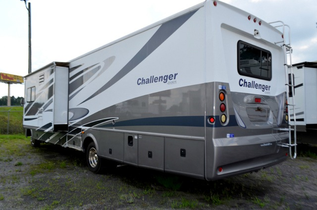 Used 2008 Damon Challenger 378 Motor Home Class A At Dick
