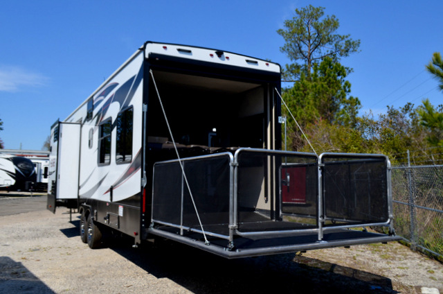 New 2016 heartland edge 357 toy hauler fifth wheel at dick for Rv garage doors for sale