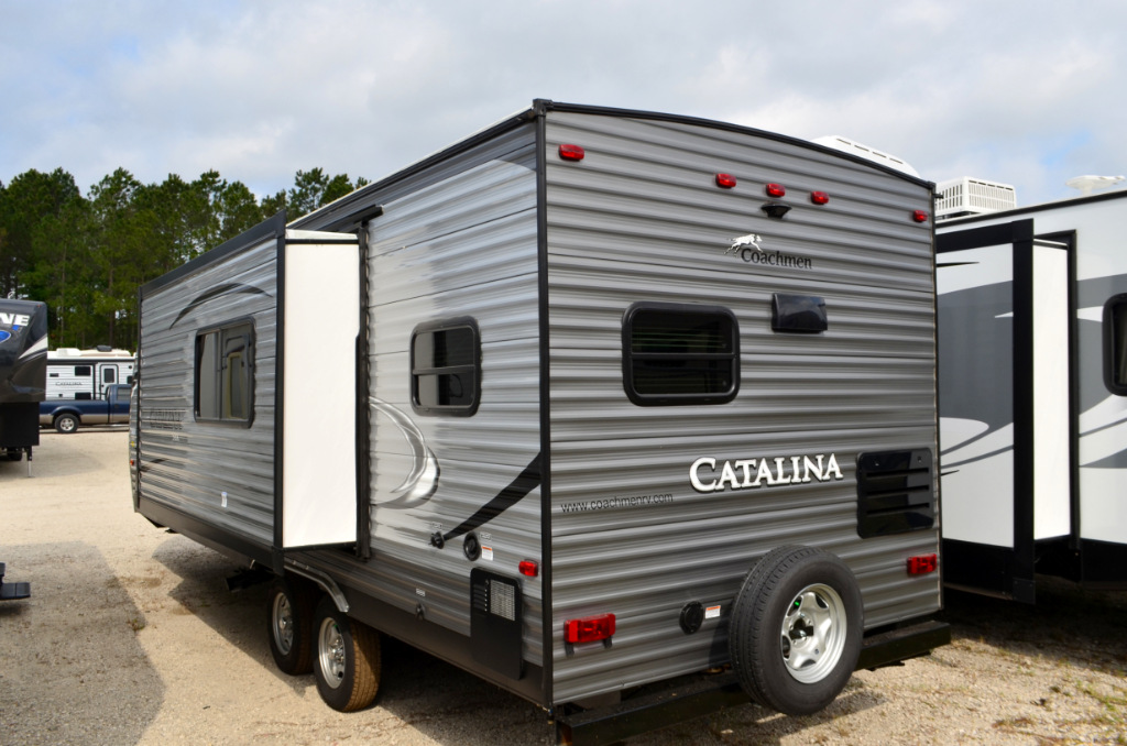 New 2018 Coachmen Rv Catalina Sbx 261rks Travel Trailer At