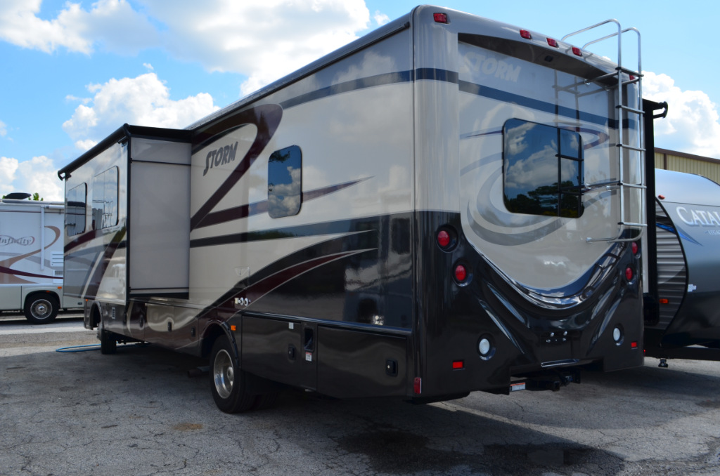Used 2016 Fleetwood Rv Storm 32v Motor Home Class A At
