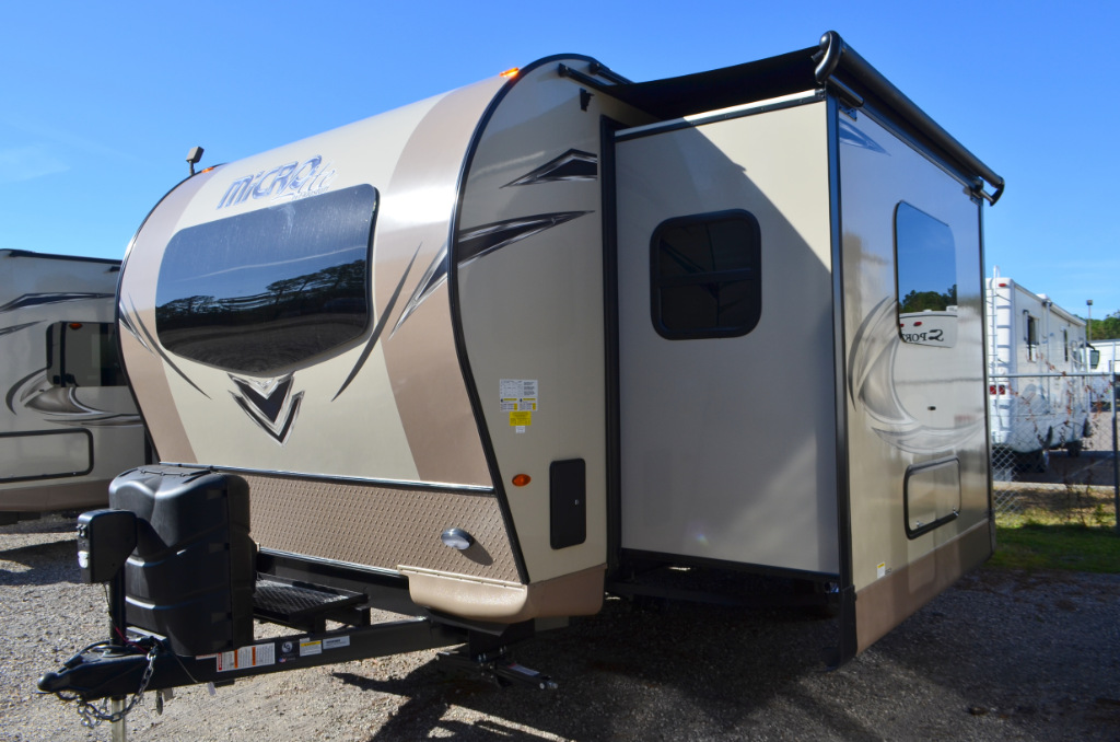 Microlite Travel Trailer >> New 2018 Forest River RV Flagstaff Micro Lite 25FKS Travel ...
