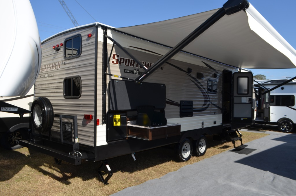 Sportsmen Le Travel Trailer