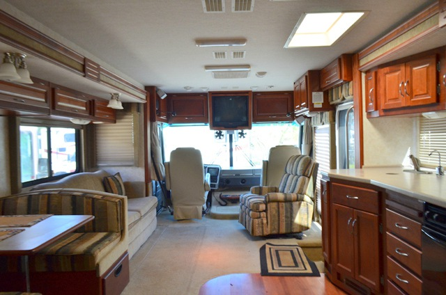 Used 2003 Fleetwood Rv Southwind 36b Motor Home Class A At