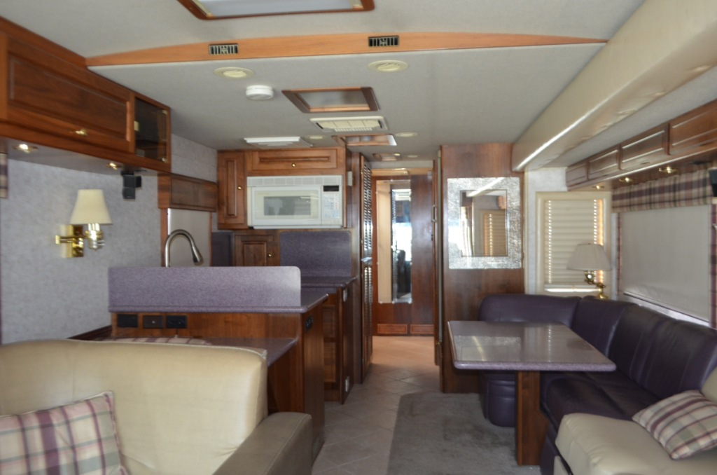 used 2000 foretravel unicoach u320 motor home class a diesel at