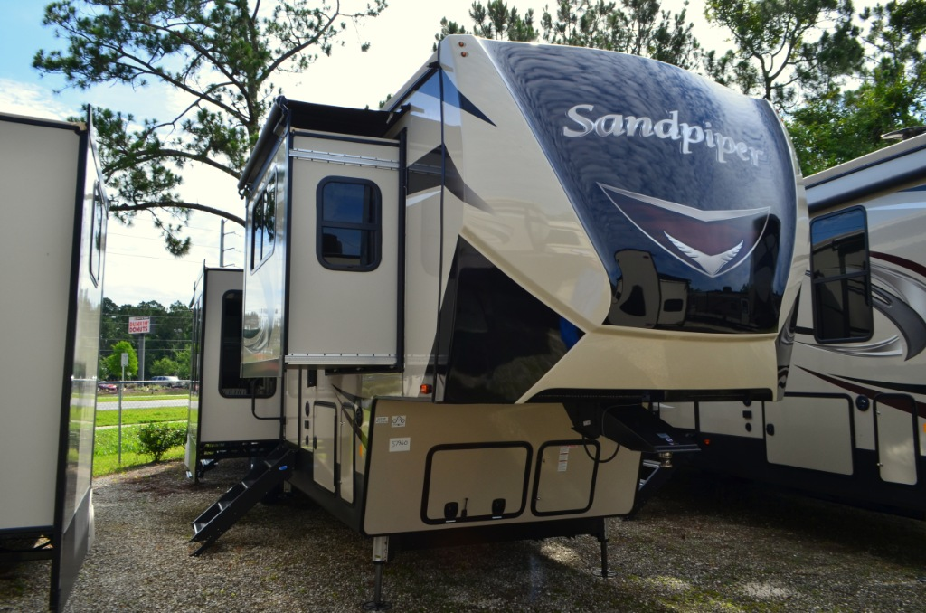 New 2019 Forest River Rv Sandpiper 379flok Fifth Wheel At
