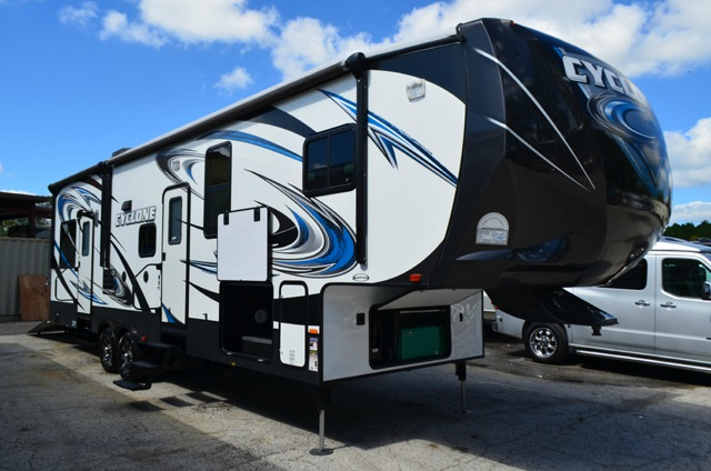 Used 2013 Heartland Cyclone 3010 Toy Hauler Fifth Wheel At Dick Gore S Rv World Jacksonville